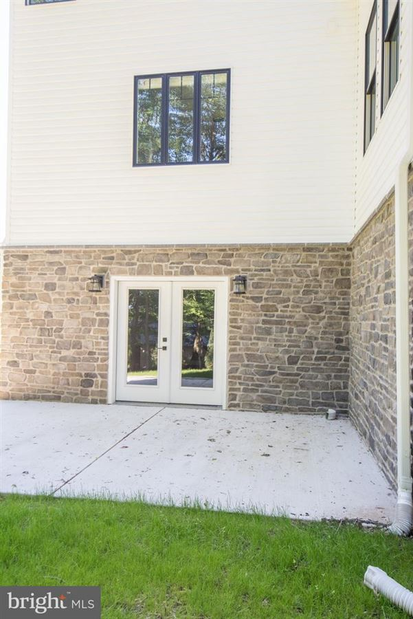 gorgeous home and setting in Hummelstown luxury homes