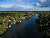 Luxury properties Outstanding Water Views