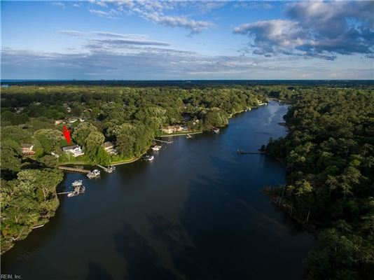 Outstanding Water Views luxury homes