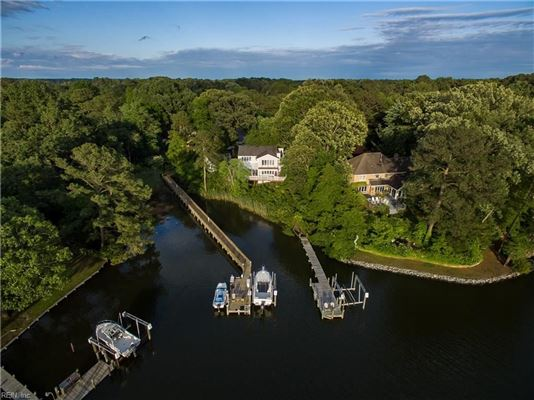 Luxury real estate Outstanding Water Views