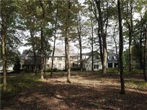 Mansions in secluded country charm at its finest