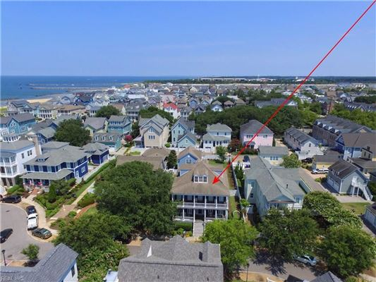 Luxury real estate Impressive Colonial Revival home in East Beach
