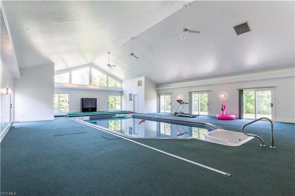 palatial avon lake residence luxury properties
