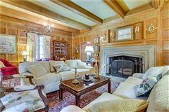 Mansions in desirable Ben Avon Neighborhood