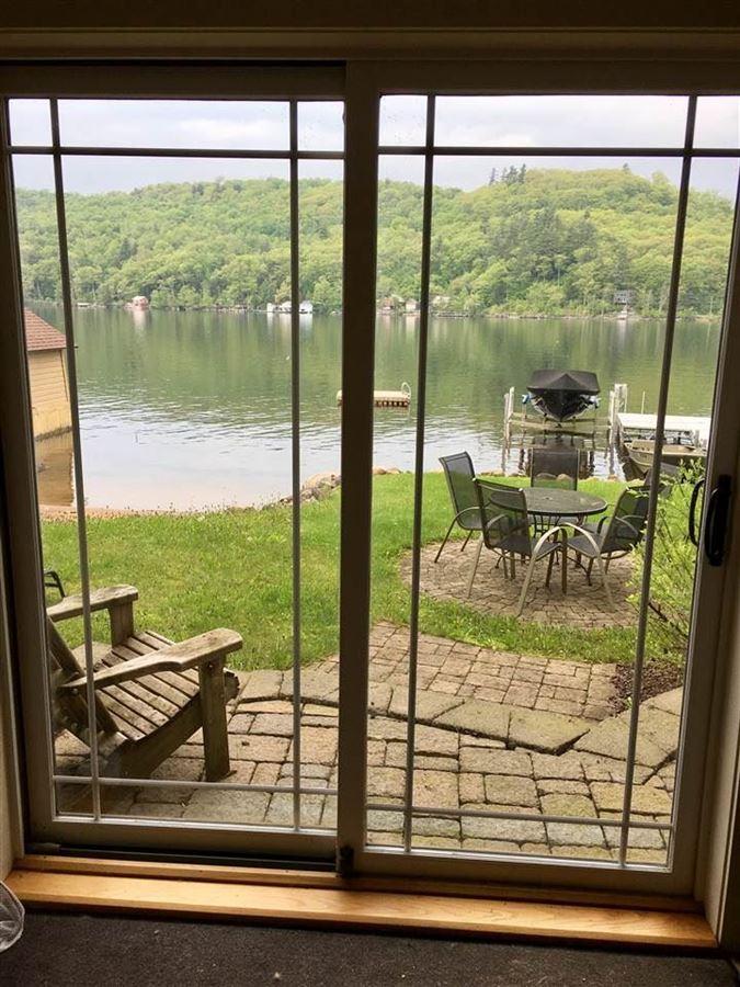 Mansions in Enjoy lake living