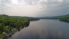 Luxury real estate Enjoy lake living