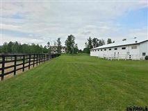 Luxury homes in Turn-key equestrian property in Gansevoort