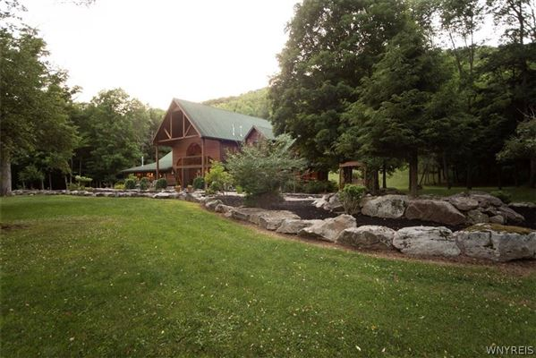 fabulous log home on 20 acres luxury homes