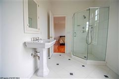 Luxury real estate Suncrest Luxury