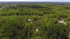 Luxury homes in Beautiful setting on 49-plus acres