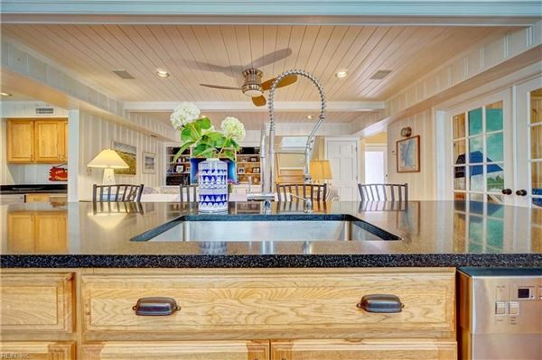 Charming detached beach house luxury properties