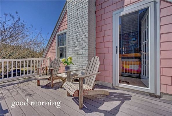 Charming detached beach house luxury real estate