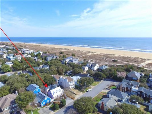 Luxury real estate Charming detached beach house