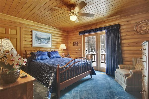 Mansions luxury log home on 69 exceptional wooded acres