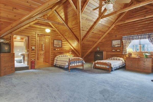 Luxury homes in luxury log home on 69 exceptional wooded acres