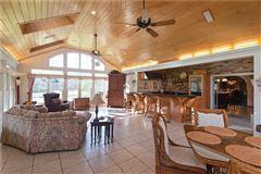Luxury homes amazing colonial farmhouse on 46 plus acres