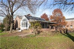 amazing colonial farmhouse on 46 plus acres luxury homes