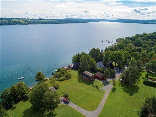 Lovely Skaneateles Lake Home New York Luxury Homes Mansions For