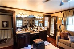 Mansions elegant historic 1930s Cedar Shingle home