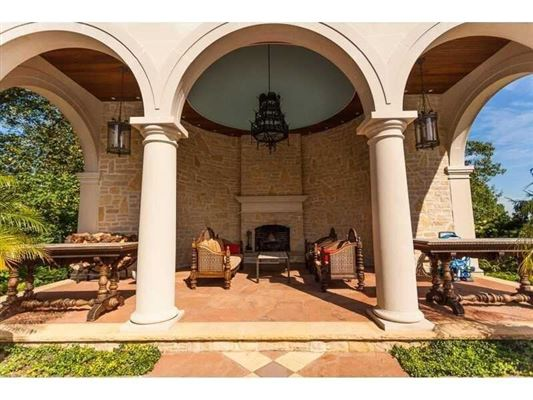 Mansions large architecturally impressive home