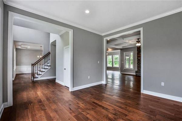 Luxury properties custom new home in Field Brook Farms