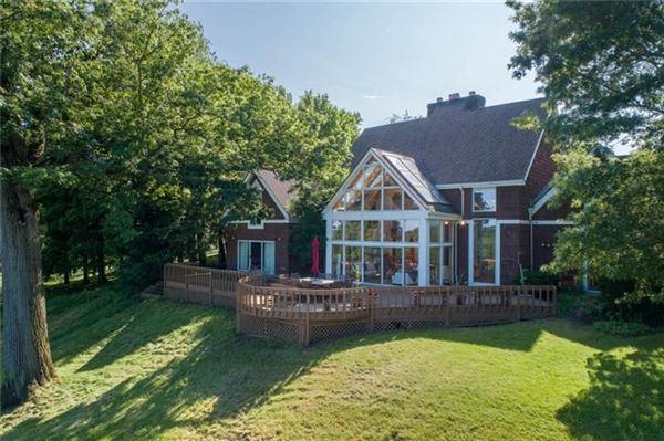 Luxury properties a beautiful property in white oak