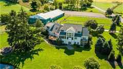 Luxury properties Fox Hill Farms - breathtaking country estate
