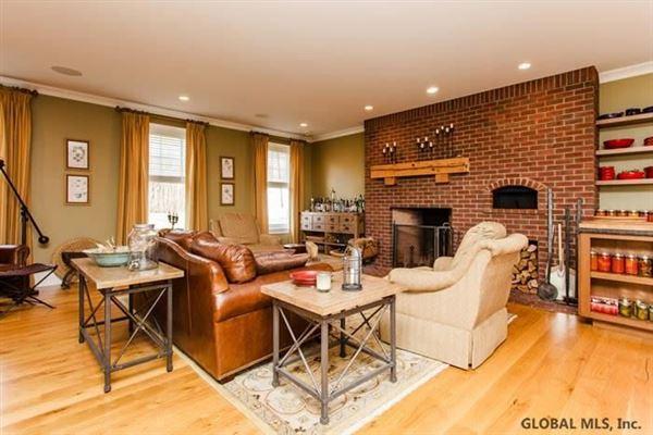Luxury real estate Seven-time Showcase Award-Winning home