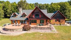 Western Pennsylvanian paradise mansions