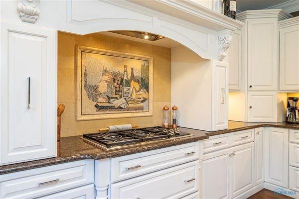 Custom built home in lucas county luxury properties