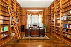 Luxury properties Custom built home in lucas county