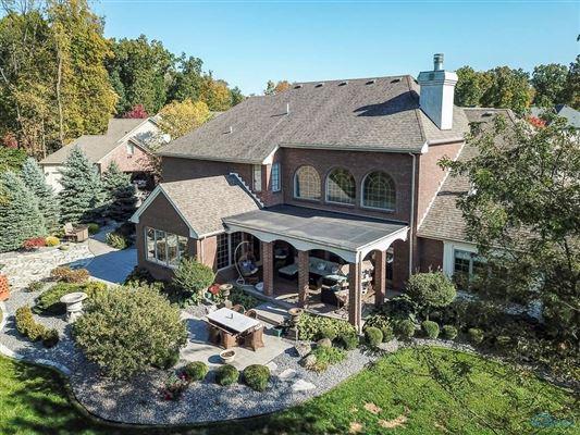 Custom built home in lucas county luxury homes