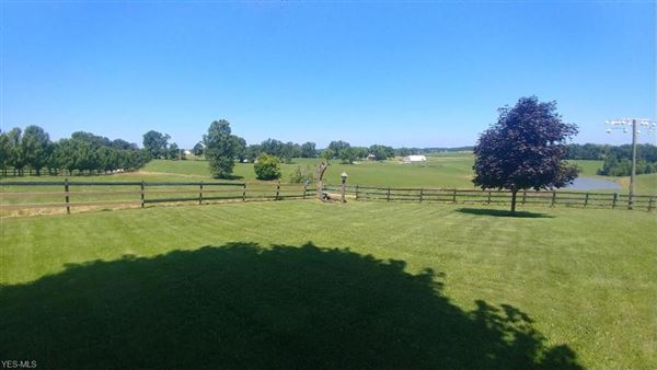 Luxury real estate 106 acre horse property