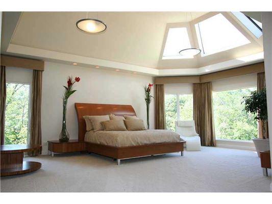 Mansions prestigious estate in Southwest Millcreek