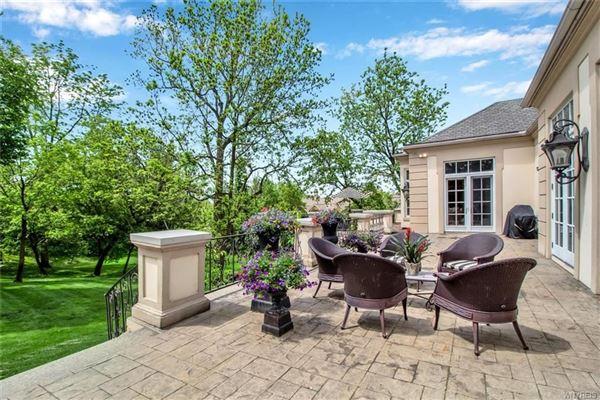 Luxury properties exquisite Williamsville property