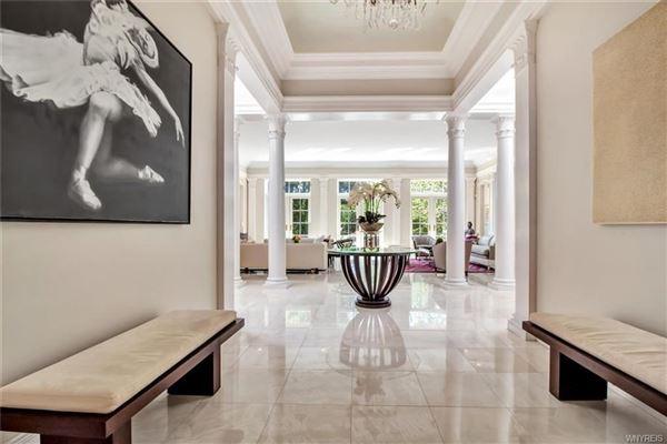 Mansions exquisite Williamsville property