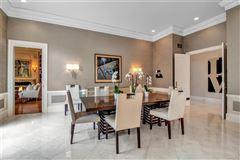 exquisite Williamsville property mansions