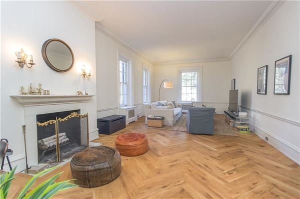 Luxury real estate a Stately Sewickley Village home