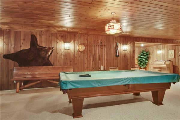 Luxury homes luxury log home on 69 exceptional wooded acres