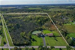 Luxury homes in a 55 acre mini estate