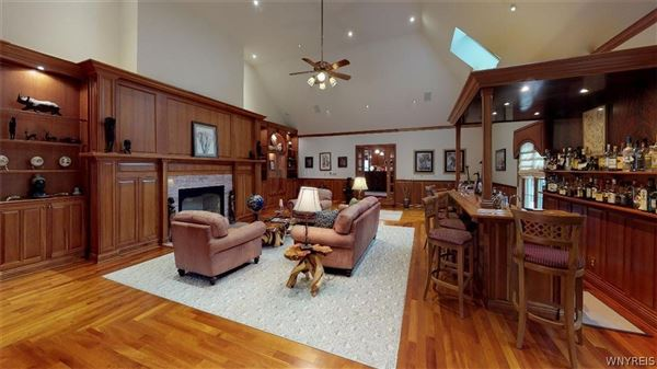beautifully detailed home in lewiston heights mansions