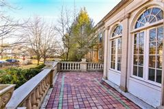 grand historic mansion luxury properties
