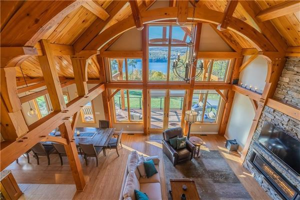 THE EPITOME OF LUXURIOUS CANANDAIGUA LAKE LIVING luxury homes