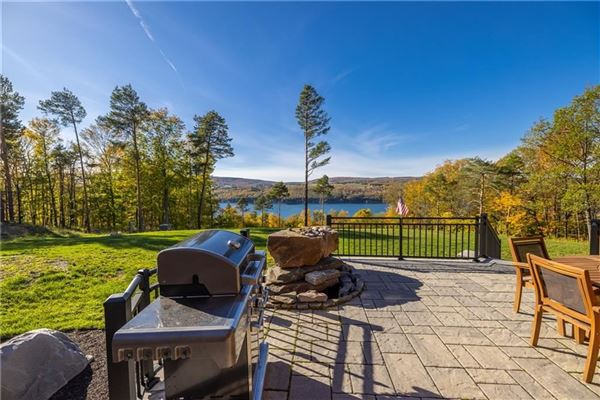 THE EPITOME OF LUXURIOUS CANANDAIGUA LAKE LIVING luxury real estate