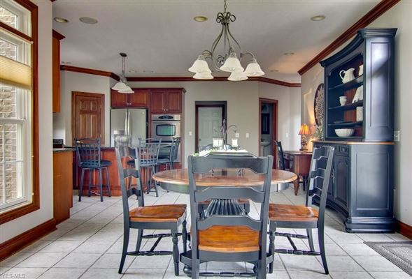 this beautiful well built home is in a fantastic location luxury properties