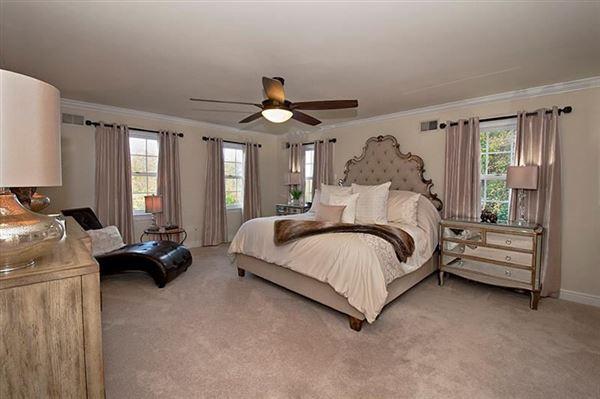 fabulous colonial home luxury properties