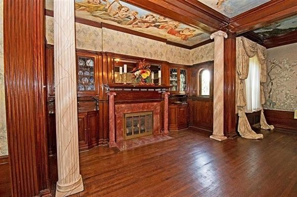 Exquisite Turn of The Century Greek Revival home luxury properties