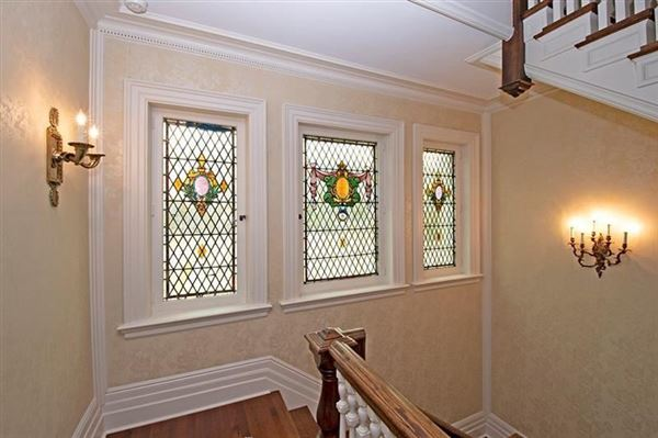 Luxury real estate Exquisite Turn of The Century Greek Revival home