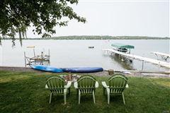 Luxury homes in Skaneateles Lakefront living