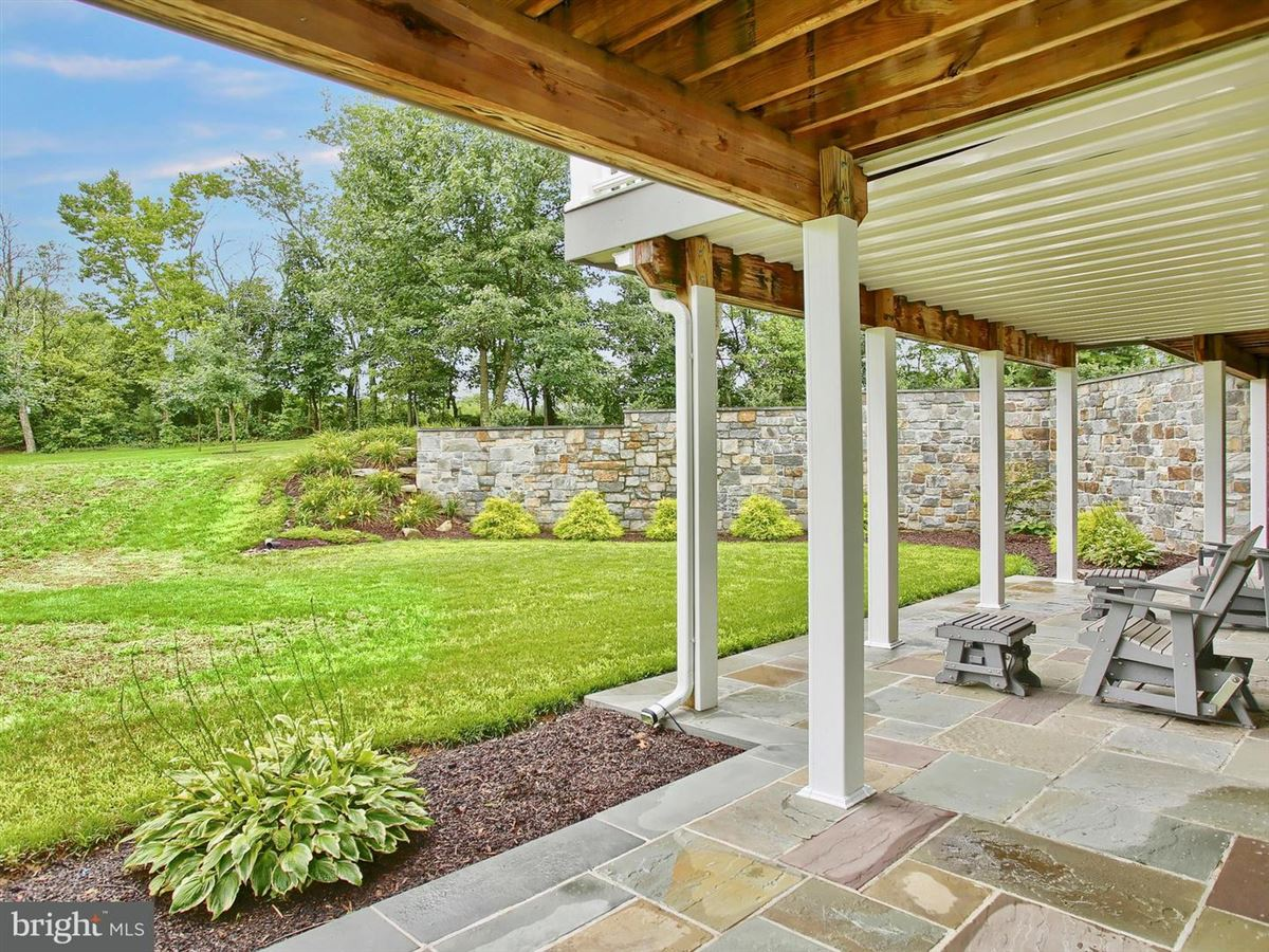 Majestic Country Living in carlisle luxury properties